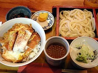 カツ丼セット(冷うどん)920円