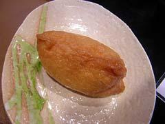 五目いなり80円。柚子の香りがほんのり効いて美味いス