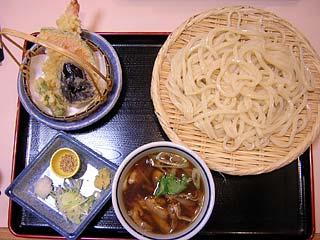 天下ごめんうどん天ぷら付き990円