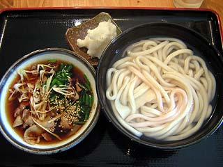 霙肉釜750円
