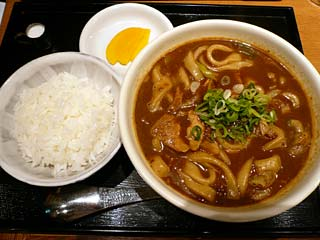 黒カレーうどん780円
