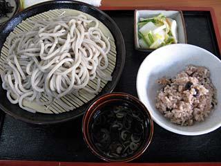 小学生440円+黒豆ごはん小120円
