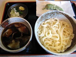 釜揚げうどん小550円+肉汁50円