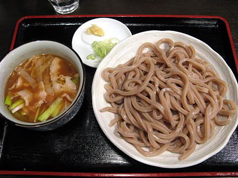 東京うどん900円