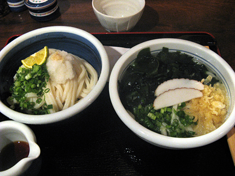 温冷二種うどん(鳴門わかめ・生醤油)900円