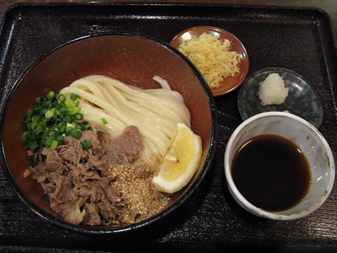 肉ぶっかけうどん750円