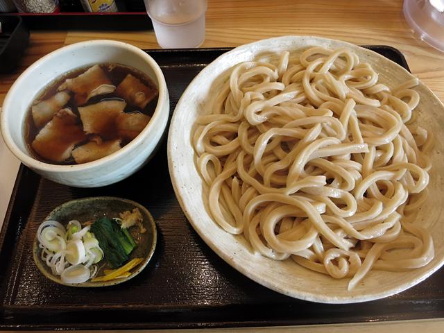 肉汁うどん並盛り750円
