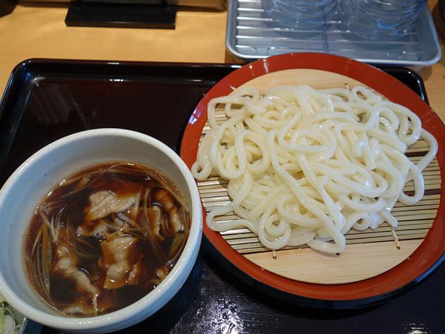 豚汁うどん750円