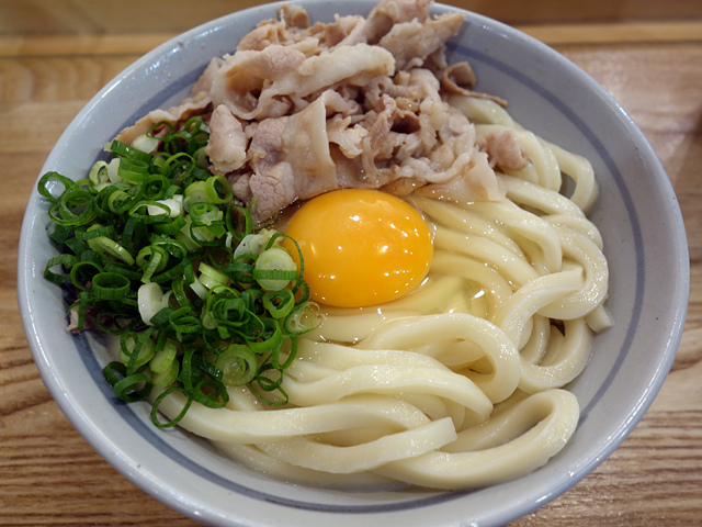 肉釜玉700円