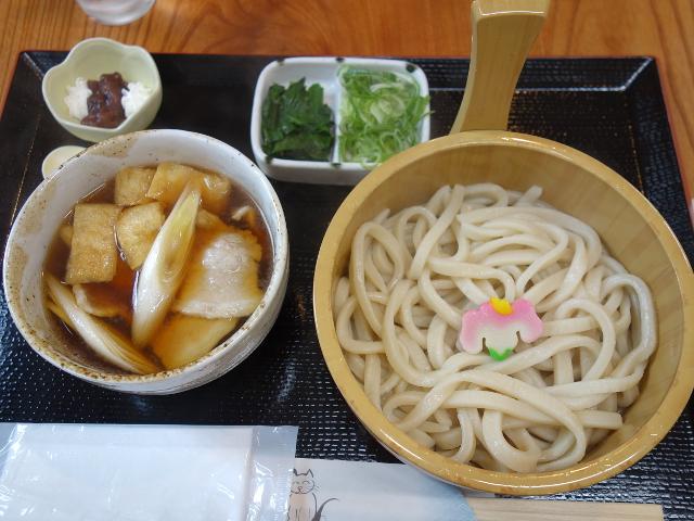 特製肉汁うどん並盛(あつもり)660円