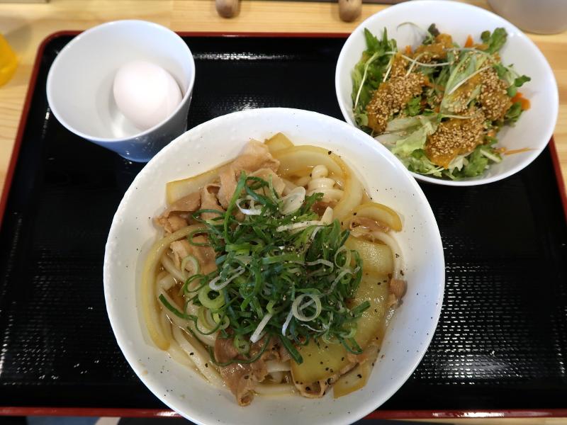 サラダセット780円(外税)