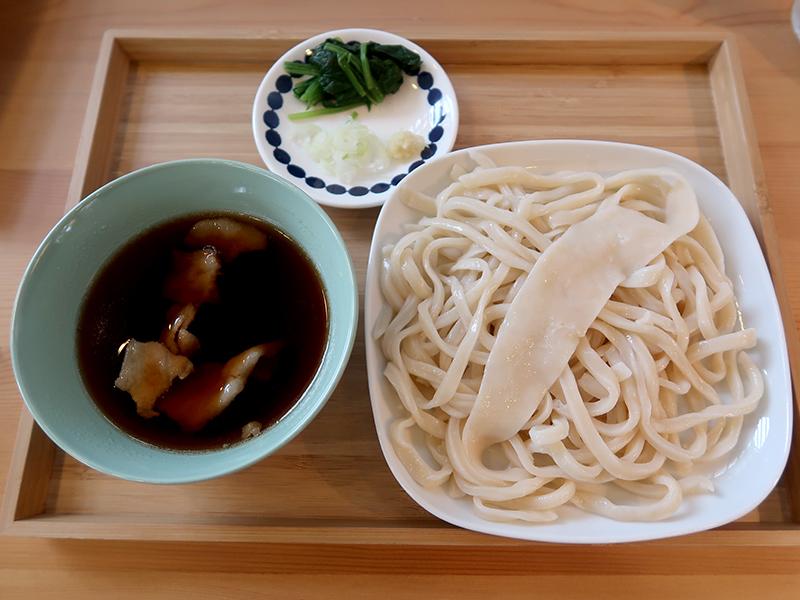 柳久保小麦うどんケーキ・ドリンクセット1150円