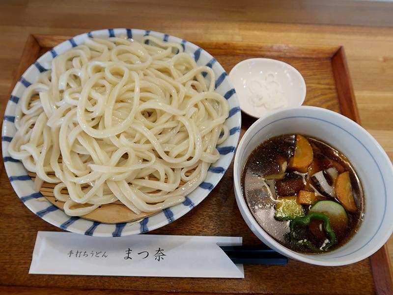 野菜鳥肉汁うどん中950円