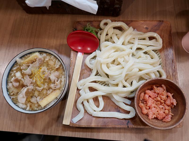 肉汁うどん(背脂柚子あり)850円
