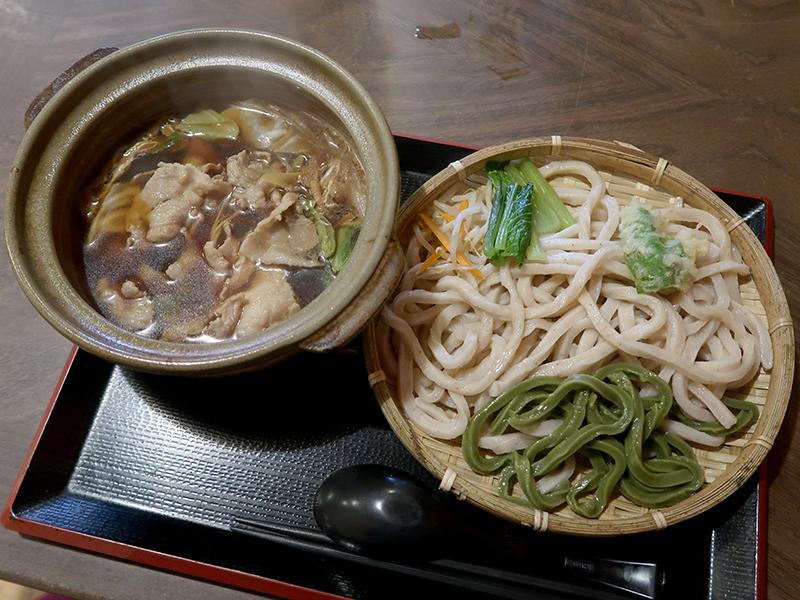 肉汁つけうどん750円