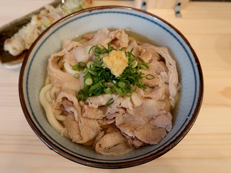 肉かけ650円+ちくわ天90円